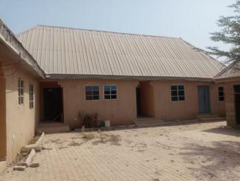 8 Units of Flats, Kaduna South, Kaduna, Semi-detached Bungalow for Sale