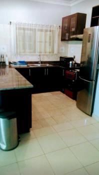 Luxurious 2 Bedroom Apartment Available, Agidingbi, Ikeja, Lagos, House Short Let
