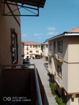 Spacious 3 Bedroom Flat, Fubara Dublin Green Street, Off Alpha Beach, Igbo Efon, Lekki, Lagos, Flat / Apartment for Sale