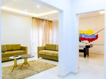 Graham Apartment, Frisco Courts, Gbangbala Street Ikate-elegushi Lekki Lagos, Lekki, Lagos, Flat Short Let