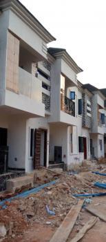 2 Bedrooms Flat., Okhuoromi, Off Airport Road, Benin, Oredo, Edo, Flat for Rent