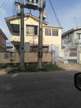 *exclusive at 37 Falolu Road Off Ogunlana Drive Surulere*  *vacan, *vacant & Solid Massive Block of Flat + Bungalow Bq Behind*, Surulere, Lagos, Detached Duplex for Sale