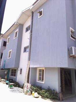Self Contained, Off Con Oil Filling Station Ikate.lekki, Lekki Phase 1, Lekki, Lagos, Self Contained (single Rooms) for Rent