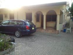 Well Located Mini Flat (shared Apartment) With Large Compound, Lekki Expressway, Lekki, Lagos, 1 bedroom, 2 toilets, 1 bath Mini Flat for Rent