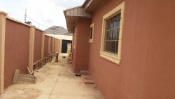 Newly Built 3 Bedroom Bungalow with a Room and Parlor Bq, Oluyole Estate., Ibadan, Oyo, Detached Bungalow for Rent