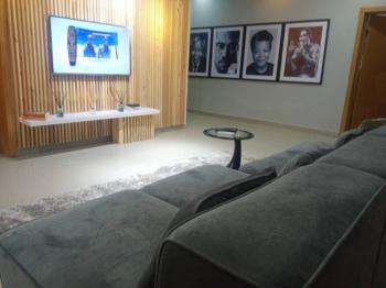 Lovely 3 Bedroom Apartment, Admiralty, Lekki Phase 1, Lekki, Lagos, Flat / Apartment Short Let
