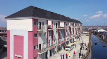 Impressive 2 Bedroom Apartment in Central Prime Location, Makoko, Off Herbert Macauly Road, Adekunle, Yaba, Lagos, Flat for Sale
