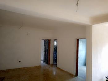 2 Bedroom Flat, Akinwunmi Street, Alagomeji, Yaba, Lagos, Flat for Rent
