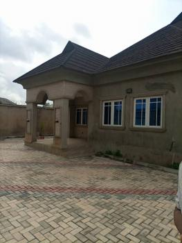 4 Bedroom Detached Bungalow on 1½ P, Dss Area, Ile Tuntun Idi Ishin Jericho Ibadan, Jericho, Ibadan, Oyo, Detached Bungalow for Sale