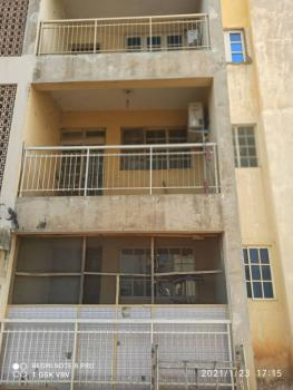 2 Bedroom Apartment, Cbn Quaters Hadejia Road Kano State, Kano Municipal, Kano, Flat for Sale