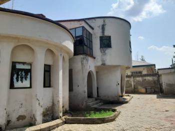 Old 7 Bedroom Detached Duplex with 2 Rooms Bq, Maitama Main, Maitama District, Abuja, Detached Duplex for Sale