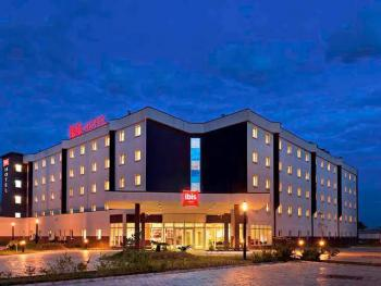 Functional 7 Stars World Class Hotel with 188 Rooms., Along Murtala Muhammed Airport Rd, Ajao Estate, Oshodi Isolo., Oshodi, Lagos, Hotel / Guest House for Sale
