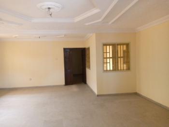 Clean 3 Bedroom Flat, Close to Chevron, Lekki Phase 2, Lekki, Lagos, Flat for Rent