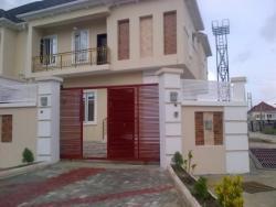 Exquisite Four Bedroom Semi Detached, Chevy View Estate, Lekki, Lagos, 4 bedroom, 5 toilets, 4 baths Semi-detached Duplex for Sale