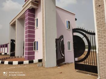 3 Bedrooms Bungalow, Victoria Court and Garden, Oki Junction, Off Akala Way, Ibadan, Oyo, Detached Bungalow for Sale