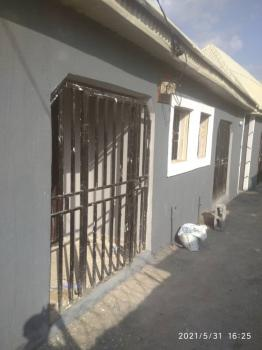 Self Contained, Jahi Village, Jahi, Abuja, Self Contained (single Rooms) for Rent