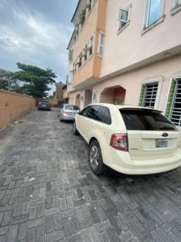 Standard 3 Bedroom Flat, Chief Kola Ologolo Street, Ologolo, Lekki, Lagos, Flat for Rent