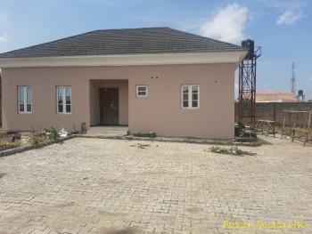 Luxury 2 Bedroom Bungalow, Oluyole Estate, Ibadan, Oyo, Detached Bungalow for Rent