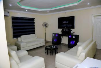Beautiful 3 Bedrooms Apartment in a Nice Location, Owolaso Street, Near Papa, Off Isebo Road, Off New Ife Express, Alakia, Ibadan, Oyo, Flat Short Let