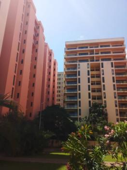 Luxury Waterfront 4 Bedroom Flat with 1 Room Bq, Ocean Parade Estate, Banana Island, Ikoyi, Lagos, Flat for Rent