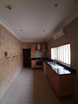 Serviced 3 Bedrooms En-suite Flat with Fitted Air Condition Cooker, Lekki Phase 1, Lekki, Lagos, Flat for Rent