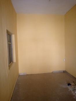 a Very Decent and Standard Apartment, Palace Road, Oworonshoki, Kosofe, Lagos, Mini Flat for Rent