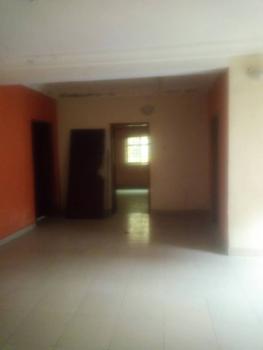 Clean Luxury 3 Bedroom, Yaba, Lagos, Flat for Rent