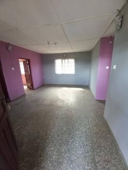 Neatly Renovated 3 Bedroom Flat, Oworonshoki, Shomolu, Lagos, Flat for Rent