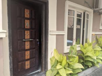 Spacious 2 Bedroom Apartment, Agungi, Lekki Phase 1, Lekki, Lagos, Flat / Apartment for Rent