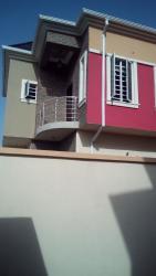 4 Bedroom Semi Detached Duplex, Agungi, Lekki, Lagos, 4 bedroom, 5 toilets, 4 baths Semi-detached Duplex for Sale