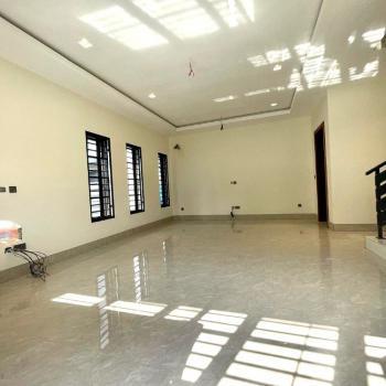 Massive Contemporary 4 Bedrooms, Lekki Phase 1, Lekki, Lagos, Semi-detached Duplex for Sale