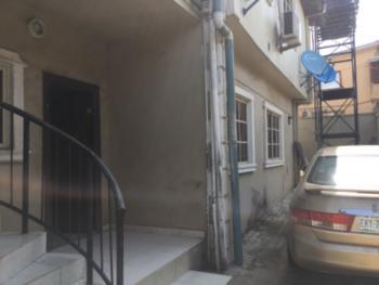Executive Three Bedroom Flat En Suite, Adeyeri College Road, Ogba, Ikeja, Lagos, Flat for Rent