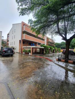 Lovely  2 Bedroom Apartment, Off Bourdillon Road, Ikoyi, Lagos, Flat for Rent
