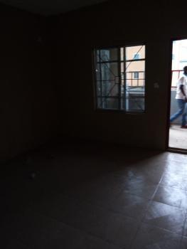 Very Decent Mini Flat, Off Lawanson Road, Surulere, Lagos, Mini Flat for Rent