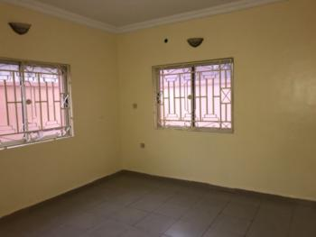 Clean 3 Bedrooms Flat, U3 Estate, (lekki Right), Lekki Phase 1, Lekki, Lagos, Flat for Rent