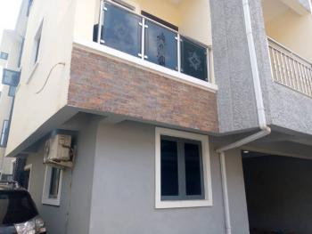 2 Bedroom Flat Apartment, Yaba, Lagos, House for Rent