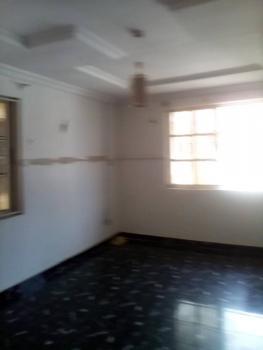 Spacious Miniflat Upstairs, Southern View Estate Near Lekki 2nd Toll Gate, Lekki, Lagos, Mini Flat for Rent