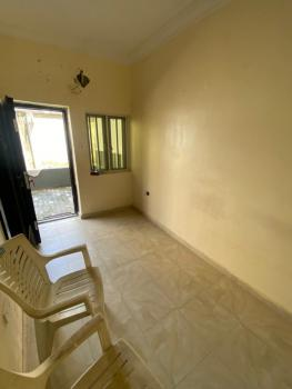 Lovely and Spacious Bq, Lekki Phase 1, Lekki, Lagos, Self Contained (single Rooms) for Rent