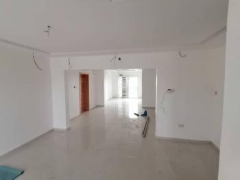 Four Bedroom Flat with a Bq, Lekki Phase 1, Lekki, Lagos, Flat for Rent