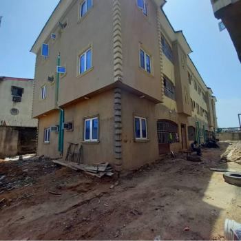 Newly Built Executive 2bedroom Flat Ensuit, Bajulaye Road, Fadeyi, Shomolu, Lagos, Flat for Rent