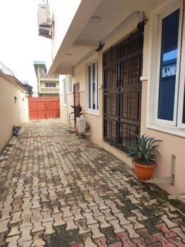 Lovely 2 Bedroom Flat, Obanikoro Estate, Obanikoro, Shomolu, Lagos, Flat for Rent
