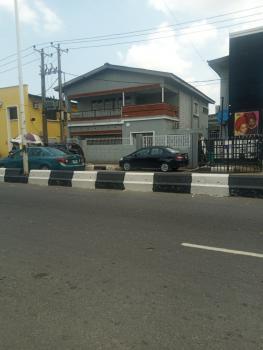 Nice and Well Maintained 5 Bedtoom Detached Duplex with Bq, Ogunlana Drive, Ogunlana, Surulere, Lagos, Detached Duplex for Rent