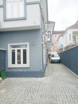 Luxury 2 Bedroom Apartment with Executive Facilities, Lekki Phase 2, Lekki, Lagos, Flat for Rent
