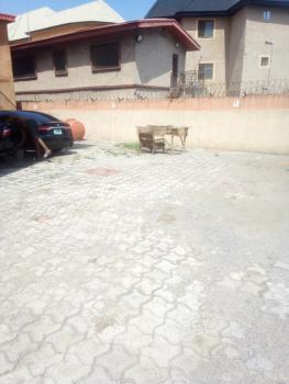 3 Bedrooms Flat, Lawani Street, Onike, Yaba, Lagos, Flat / Apartment for Rent