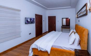 Luxury 3-bedroom Apartment, Guzape District, Abuja, Flat Short Let