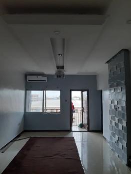 a Lovely and Nice Good 3 Bedroom Flat, Off Herbert Macaulay Street, Ebute Metta East, Yaba, Lagos, Flat for Rent