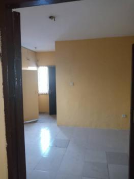 3 Bedrooms, Aguda, Surulere, Lagos, Flat for Rent