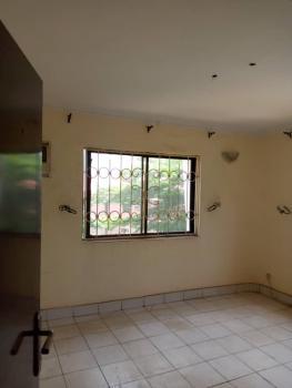 Excellent and Spacious 2 Bedrooms Apartment, Close to Amingo & Union Bank, Wuse 2, Abuja, Flat / Apartment for Rent
