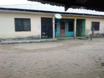 House with Land, #10 Akukwot Etebi Street, Eket, Akwa Ibom, Block of Flats for Sale