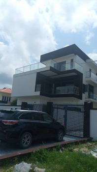 Luxurious 5 Bedroom Flat, Off Admiralty Road, Lekki Phase 1, Lekki, Lagos, Flat / Apartment for Sale